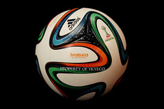 BRAZUCA FIFA CLUB WORLD CUP MOROCCO 2013 ADIDAS OFFICIAL MATCH BALL 04