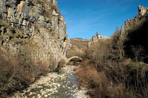 bridge winter water greece getaways epirus ελλάδα zagori ζαγοροχώρια ηπείρου