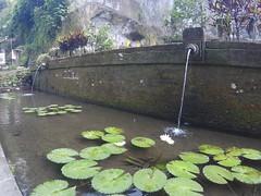 Gunung Lebah Temple fountain