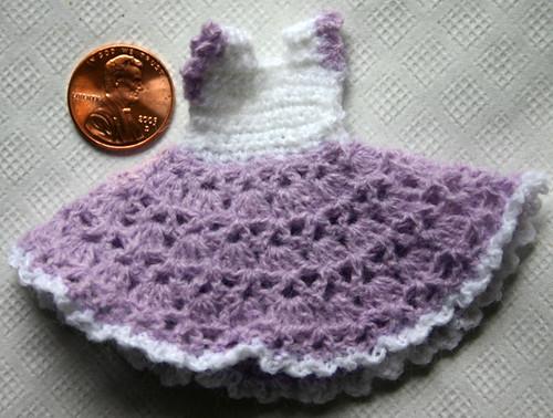 CROCHET PATTERN: Crochet Dollhouse Amigurumi Doll Miniature | Etsy | 378x500