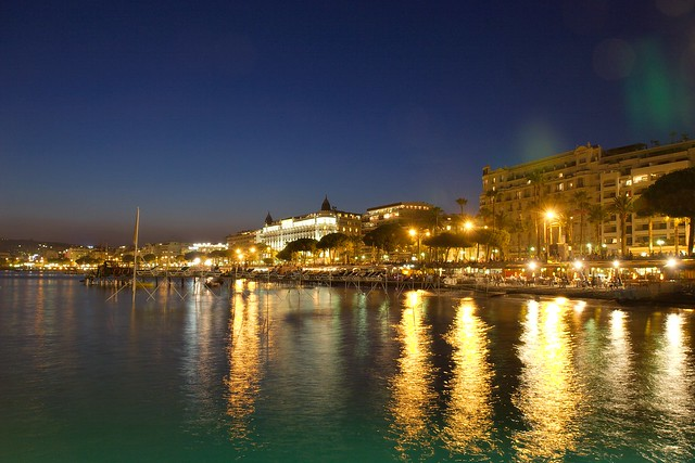 cannes bay at night flickr photo sharing. Black Bedroom Furniture Sets. Home Design Ideas