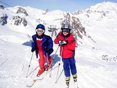 nordic combined(0.0), ski cross(0.0), ski equipment(1.0), winter sport(1.0), footwear(1.0), ski(1.0), skiing(1.0), piste(1.0), sports(1.0), recreation(1.0), outdoor recreation(1.0), ski touring(1.0), extreme sport(1.0), ski mountaineering(1.0), cross-country skiing(1.0), downhill(1.0), telemark skiing(1.0), nordic skiing(1.0),