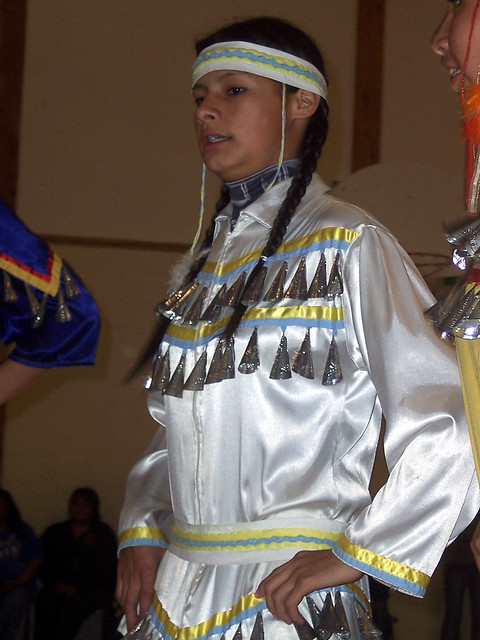 Jingle Dress Dance - YouTube