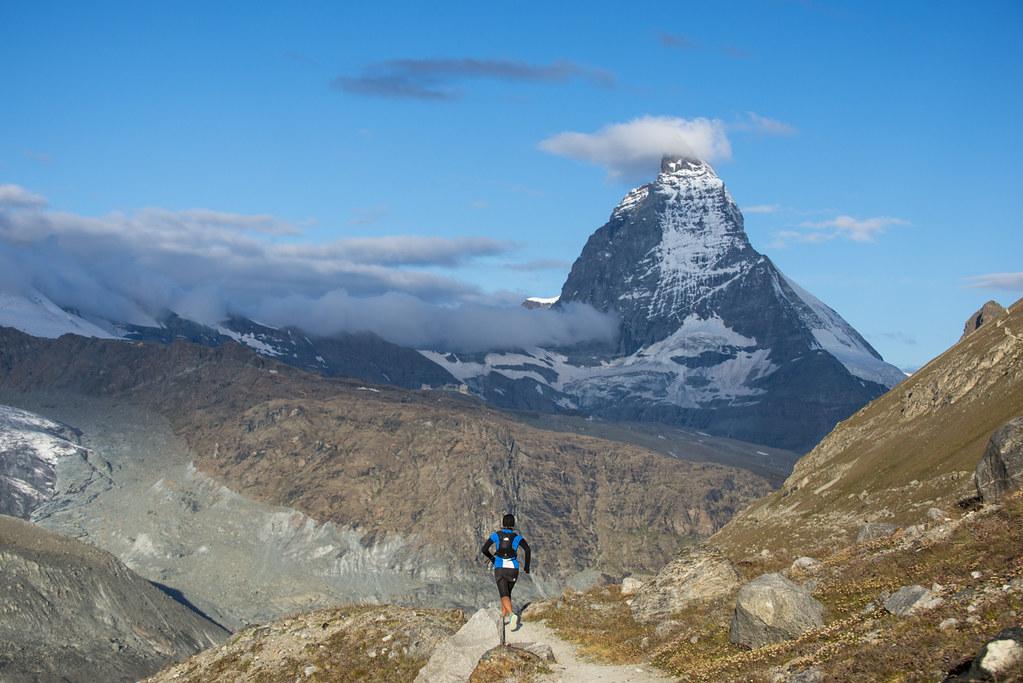 Τρέχοντας με θέα το επιβλητικό Matterhorn | Photo (c): Ultra Tour Monte Rosa