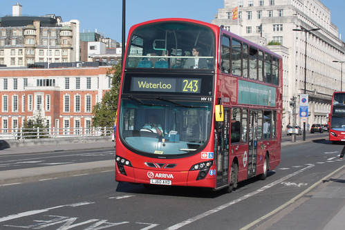Arriva London North HV12 LJ60AXD