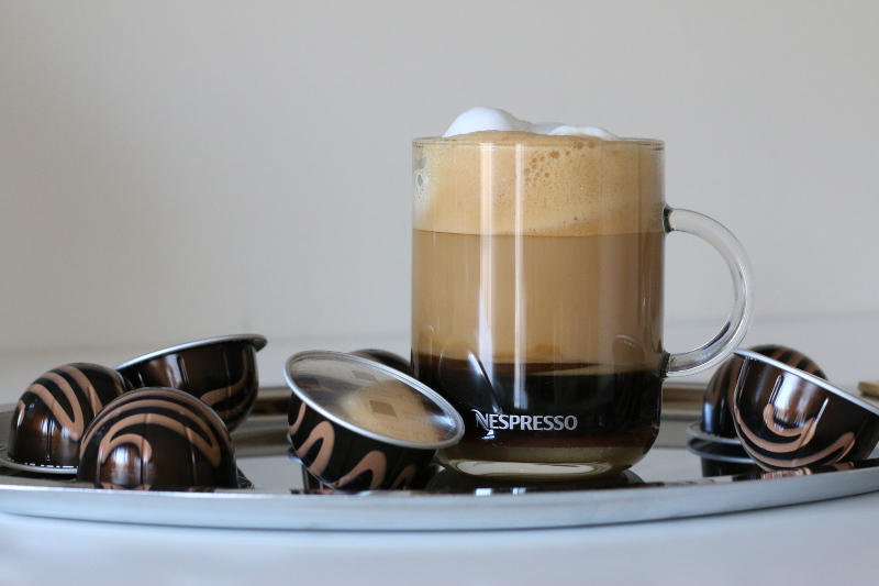 Nespresso-Swiss-Chocolate-coffee-drink-2