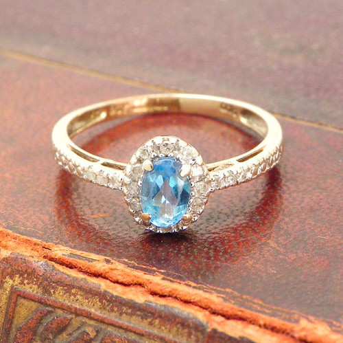 Blue Topaz and Diamond Ring, 9ct solid yellow gold, Size 7.5, london blue topaz, halo, Promise Ring, Vintage Ring Birthstone Ring