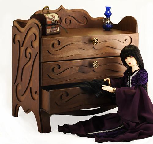 dresser, commode m01