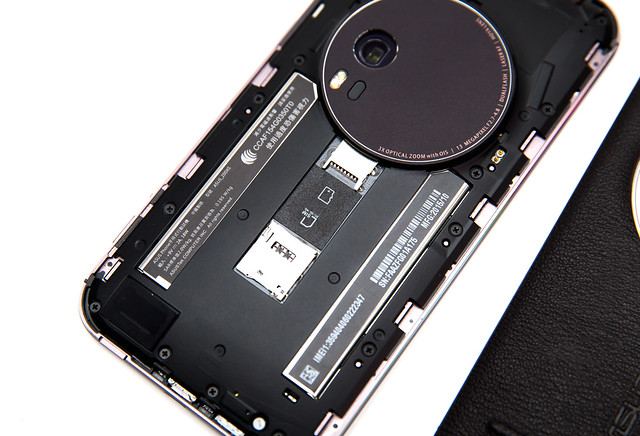 相機掰掰!史上最薄 3X 光學變焦智慧手機 ASUS ZenFone Zoom (1) 開箱評測 @3C 達人廖阿輝