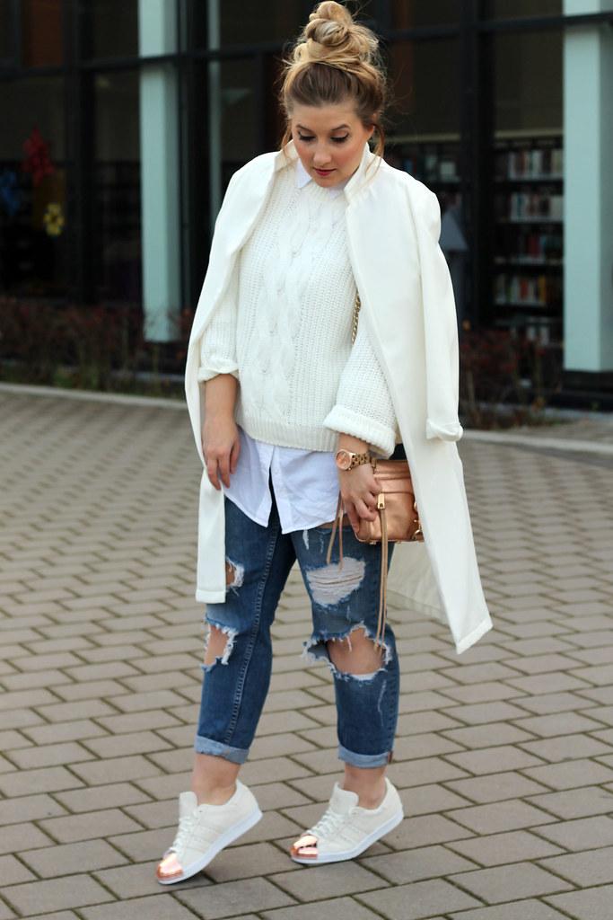 outfit-modeblog-fashionblog-primark-jacke-weiß-zara-jeans-sneaker