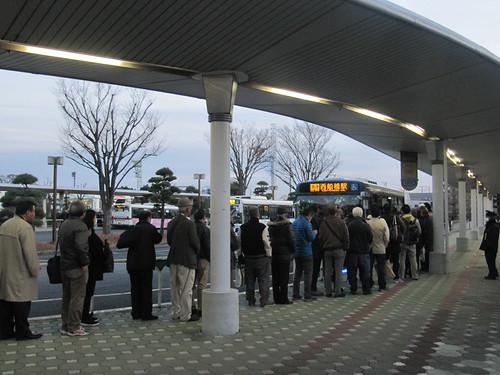 中山競馬場から西船橋へ行く無料バス