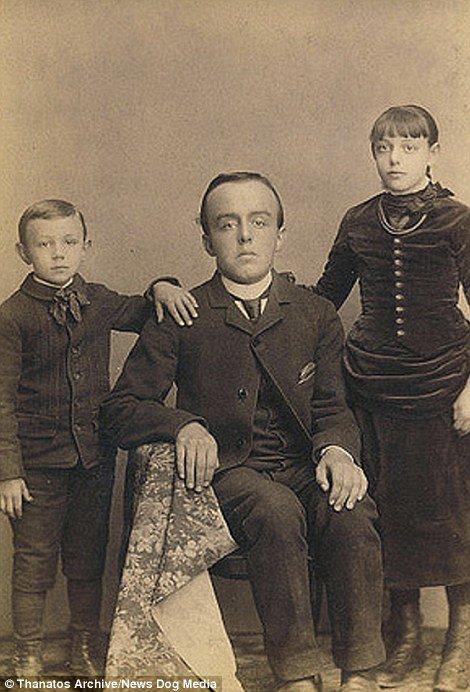 19 世紀流行的人類畸形秀 FREAKSHOW2