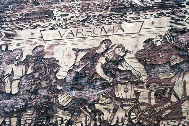 > Fresque réaliste-socialiste (?) décatie dans le quartier de Mariensztat à Varsovie.