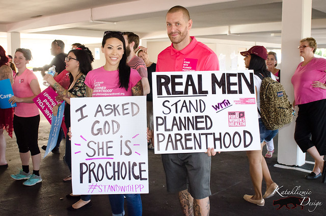 Rally to Support Planned Parenthood 08-22-15