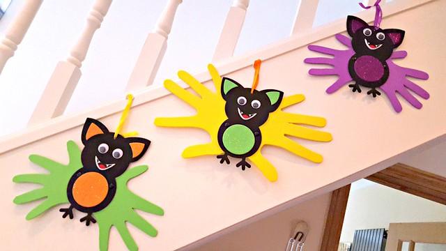 Handprint bats, Baker Ross, Halloween crafts, arts and crafts