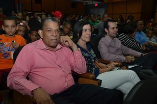 Público del Mauricio Báez