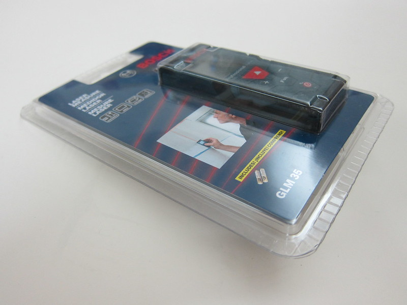 Bosch GLM 35 Laser Measure - Packaging