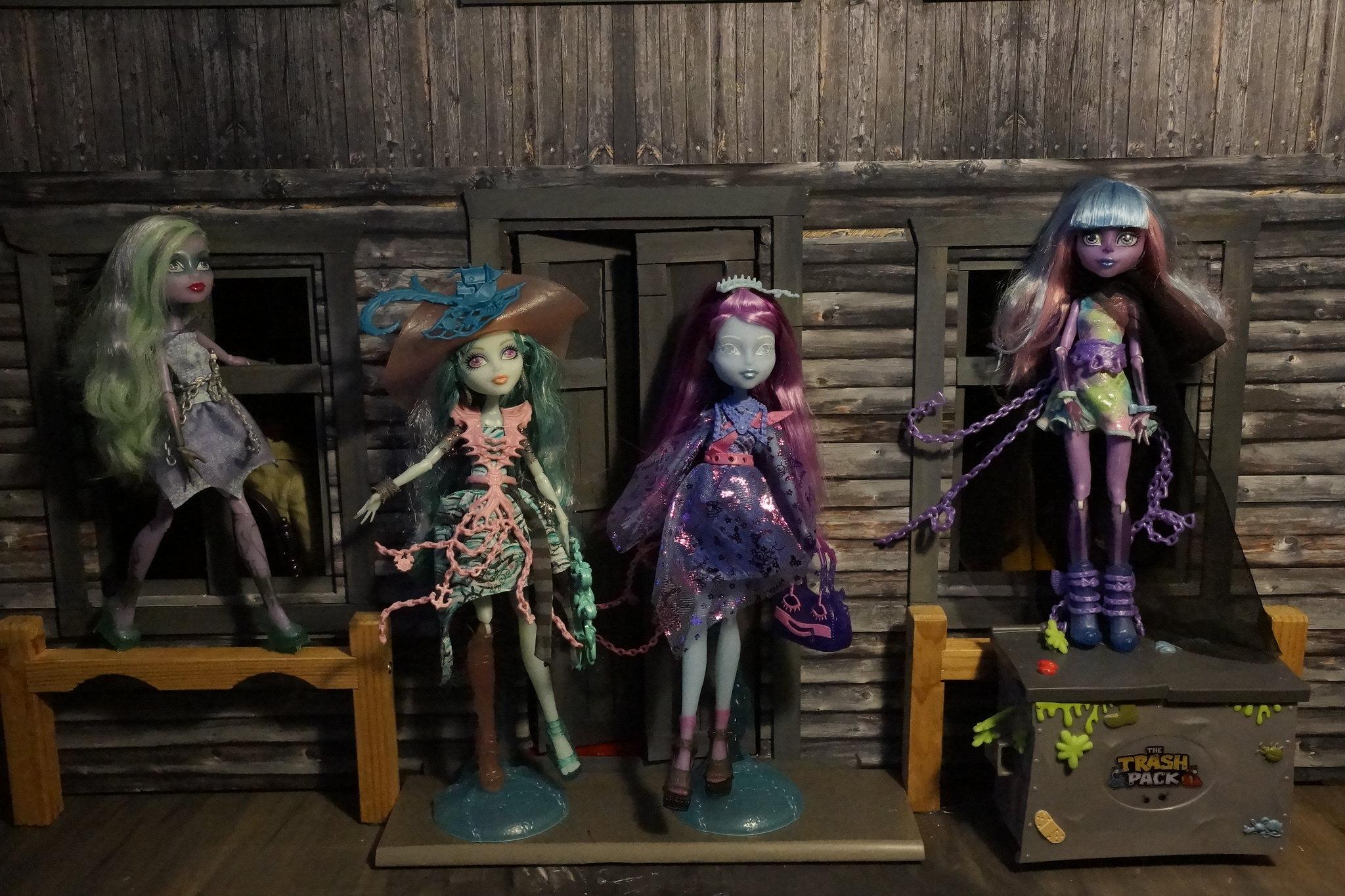 Mattelin Monster High - Sivu 11 23236322684_24b6316781_k