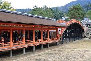 厳島神社 回廊と反橋