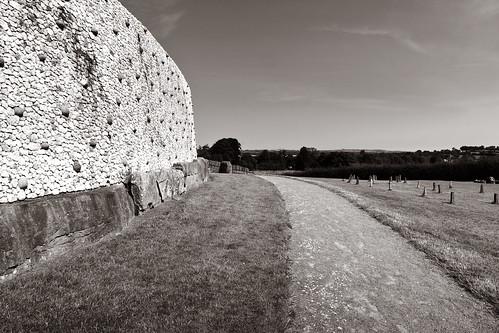ireland archaeology canon unescoworldheritagesite unesco solstice wintersolstice burial canoneos irlande neolithic newgrange meath brúnabóinne canon600d anmhí canont3i canonrebelt3i