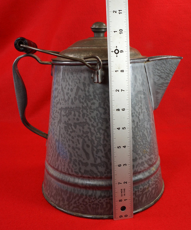 RD14935 Antique Large Gray Graniteware Coffee Pot with Lid & Black Wood Handle  DSC07525
