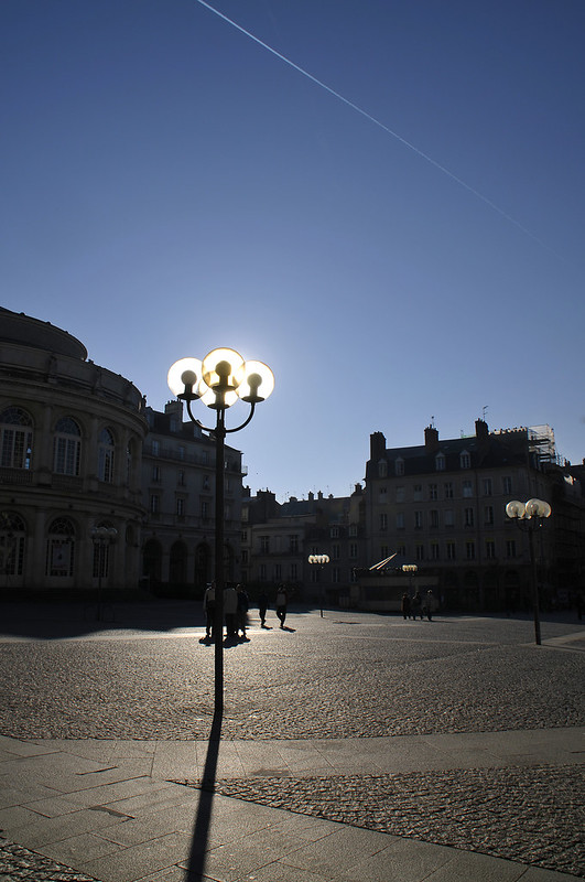 Ville Rennes street rue lumiere solaire - atana studio