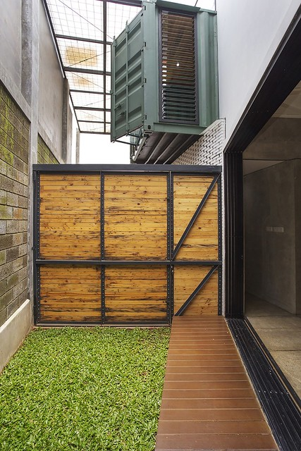 150910_Container_for_Urban_Living_20__r