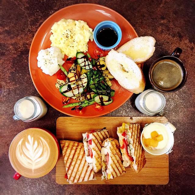 cp,menu,下午茶,台中,咖啡廳,拾陌,推薦,新光三越,早午餐,福星公園,美食,菜單,複合式餐廳,西屯,西式甜點,附近,雜貨,預約,鬆餅,麵包 @強生與小吠的Hyper人蔘~