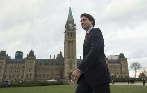 Detendrá Canadá ataques contra el EI en Siria y Irak: Trudeau