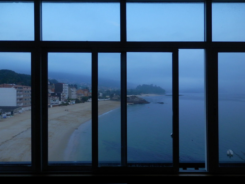 Nuestra playa en el espejo