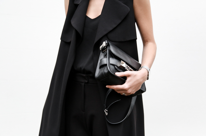 all black street style, minimal, sleeveless coat, Proenza Schouler PS11 Mini, American Express Shop Small, fashion blog, modern legacy (1 of 1)