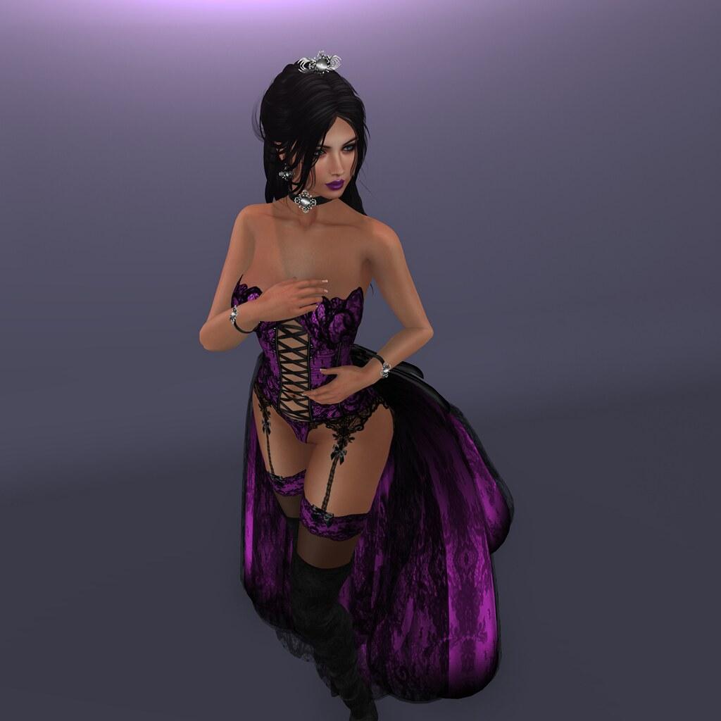 Mrs C lingerie, CB