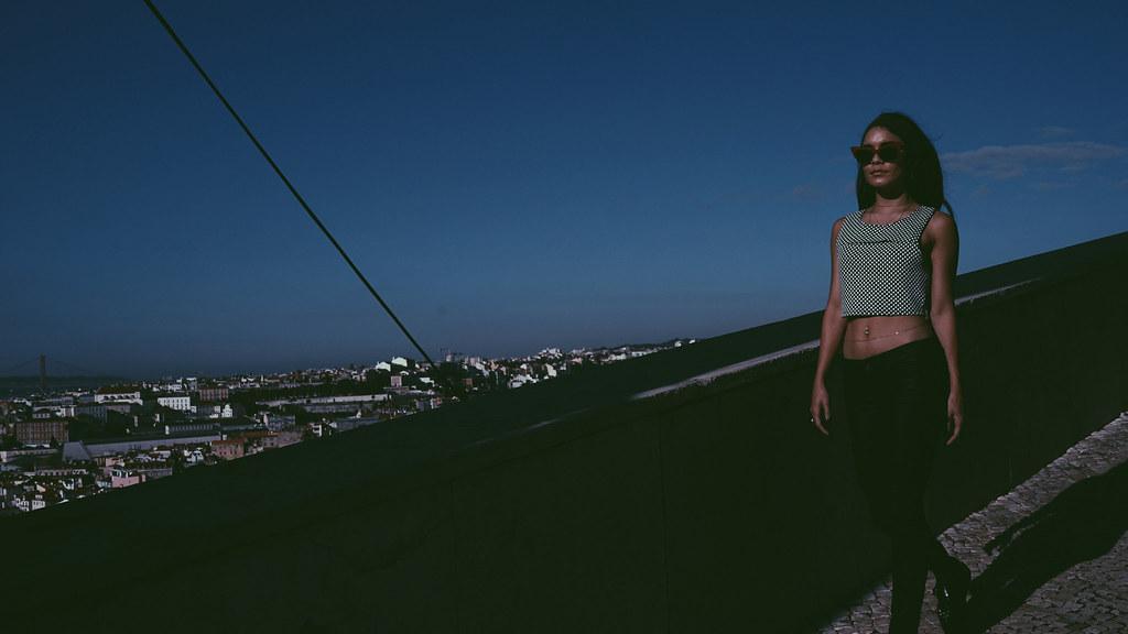 Ванесса Хадженс — Фотосессия для «Find Your California» 2015 – 76