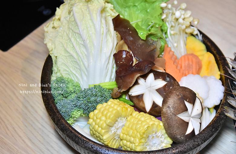 台中公益路火鍋春花秋實海鮮和牛鍋物25