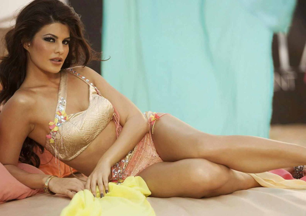 hot bollywood heroin wallpaper