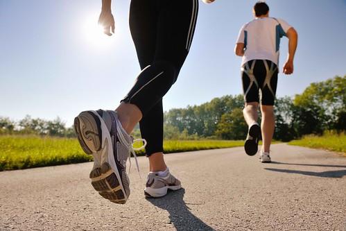 Tập thể dục mỗi ngày để nâng cao sức khỏe tim mạch và phòng ngừa đau tim
