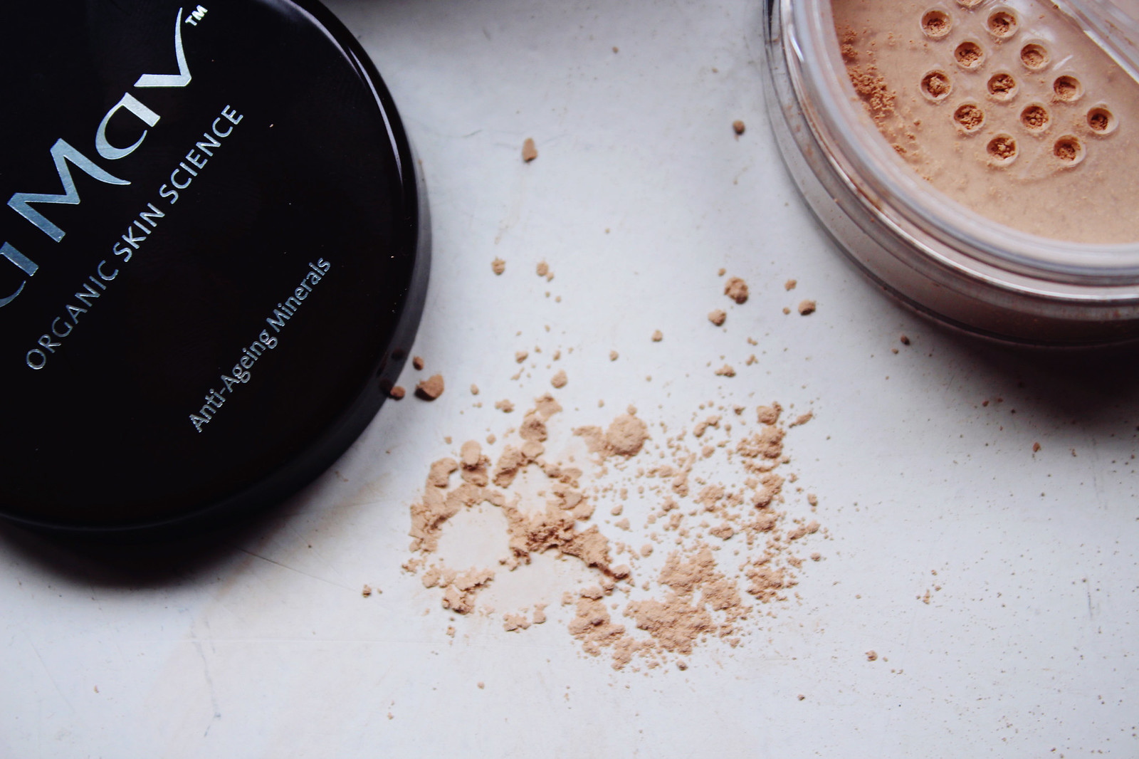 La Mav mineral foundation review