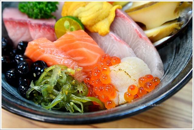 台北漁市美食-九久生魚片專賣店005-DSC_3649
