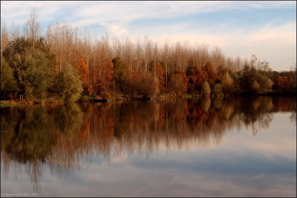 Couleurs d'automne  en miroir (m.à.j .13.11 ) 22855390606_b5be2c70f1_b