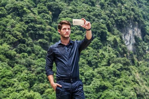 ASUS giảm giá ZenFone 2 Laser mừng cán mốc 1,5 triệu chiếc ZenFone tại thị trường Việt Nam - 104180
