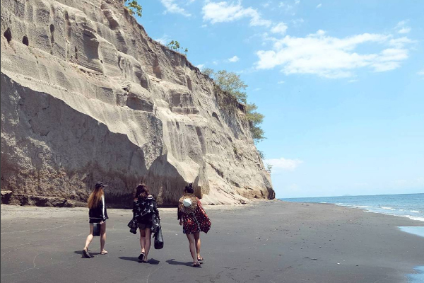 Pantai Tebing 2