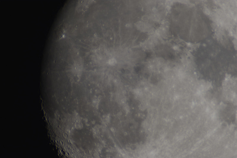 Moon 2 25-09-2015 2600mm Opteka Lens on Nikon D5300