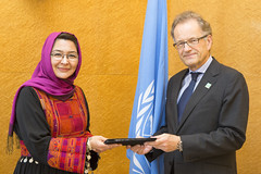 NEW PERMANENT REPRESENTATIVE OF AFGHANISTAN PRESENTS CREDENTIALS TO DIRECTOR-GENERAL OF UNITED NATIONS OFFICE AT GENEVA