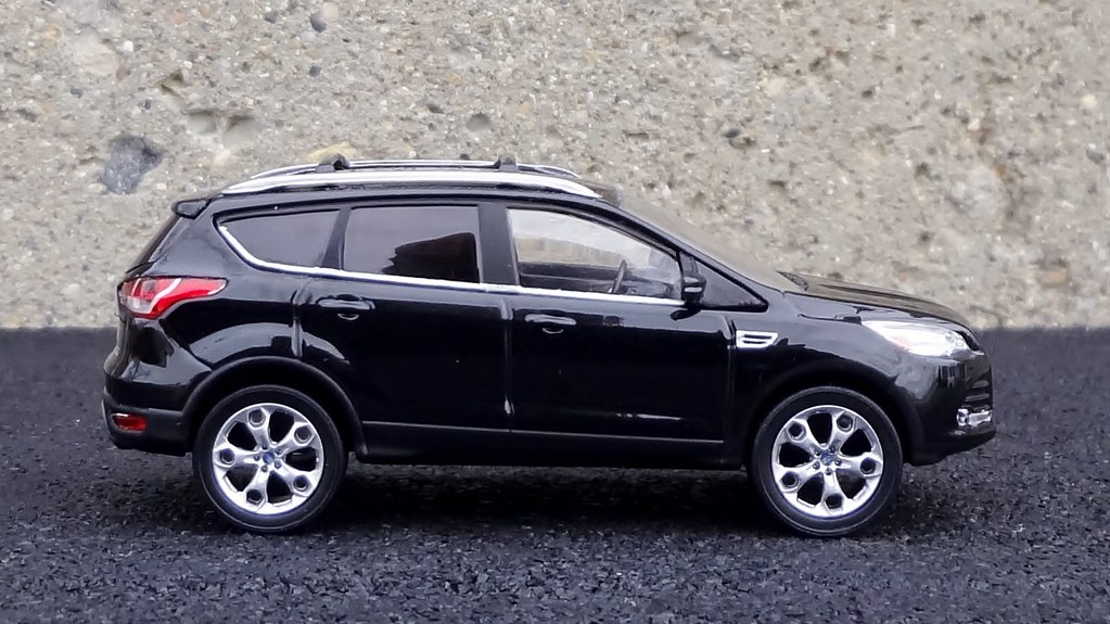 Ford Escape Forum >> Diecast Car Forums Pics From My Collection 2013 Ford Escape