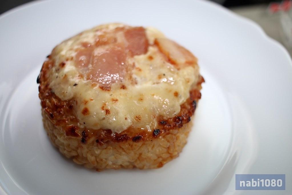 チーズベーコンおにぎり01