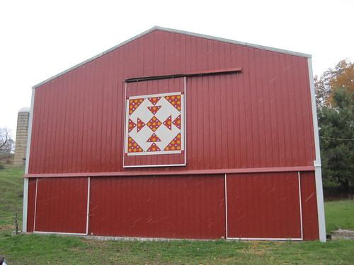 Sallie's T Barn Quilt