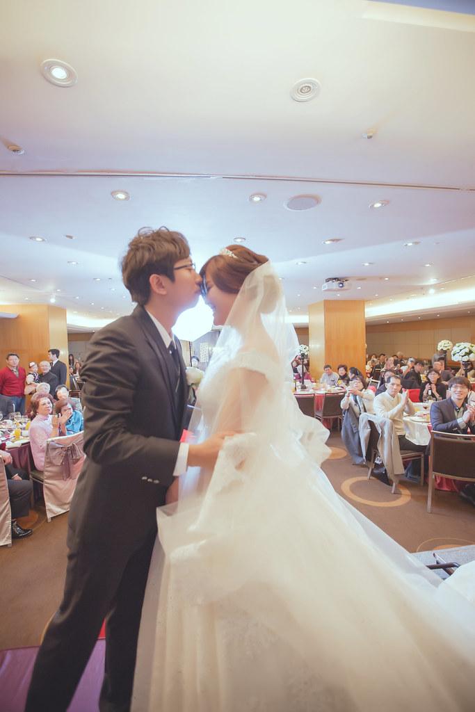 20150228六福皇宮婚禮記錄婚攝 (283)