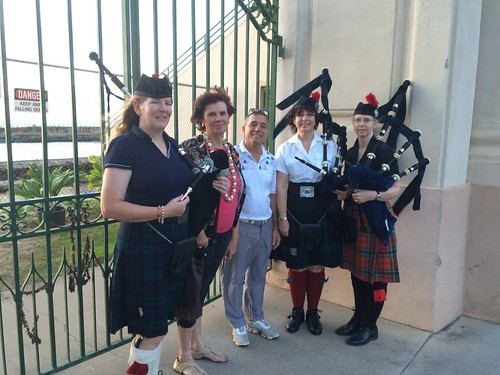 Marti Mo and pipers 11-2015