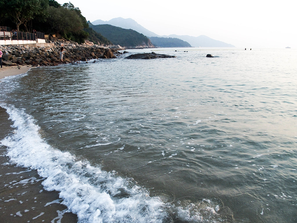 hong kong beach lamma