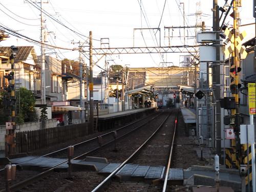中山競馬場の京成西船駅